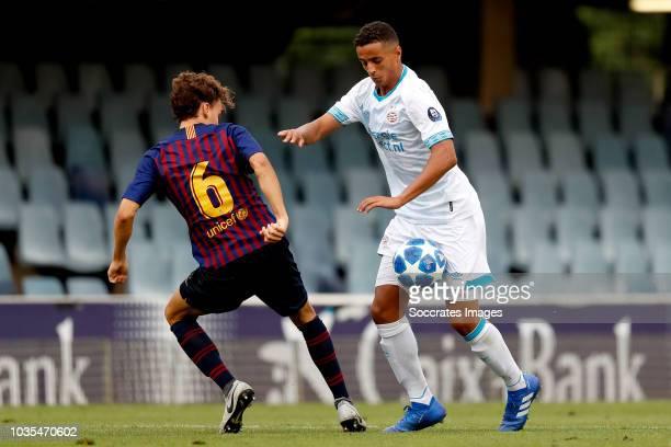 Alejandro Orellana Gomez of FC Barcelona U19 Mohammed Amine Ihattaren of PSV U19 during the match between FC Barcelona U19 v PSV U19 at the Mini...
