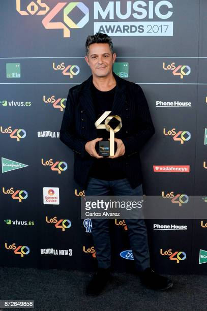 Alejandro Sanz attends the 40 Music Awards press room at WiZink Center on November 10 2017 in Madrid Spain
