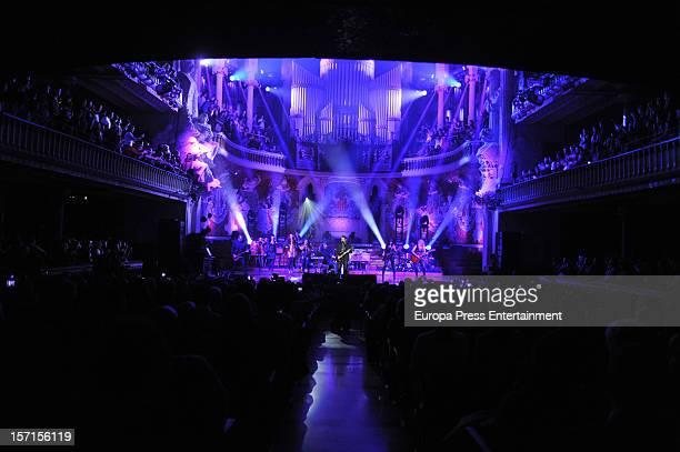 Alejandro Sanz performs on stage at palau de la Musica on November 28 2012 in Barcelona Spain