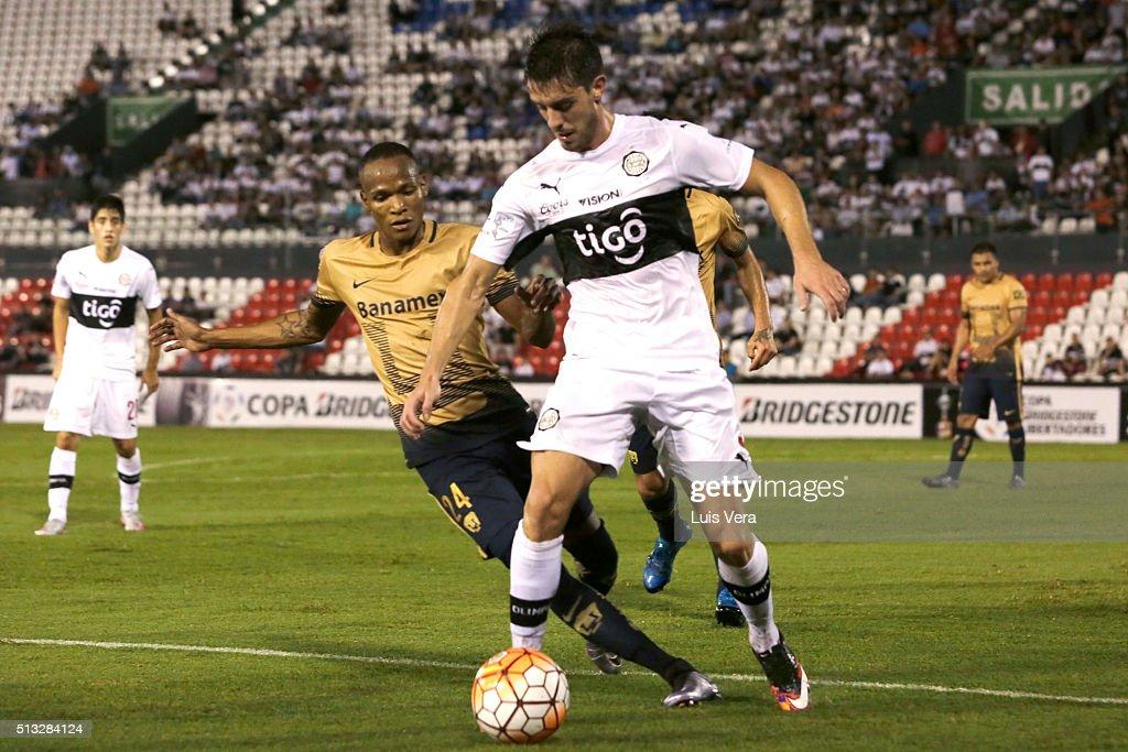 Olimpia v Pumas UNAM - Copa Bridgestone Libertadores 2016