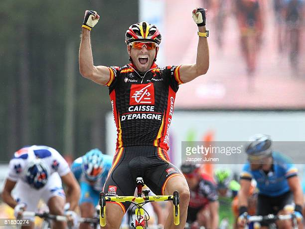 Alejandro Valverde of Spain and team Caisse d'Epargne celebrates his victory after winning the first Tour de France stage on July 5, 2008 in...