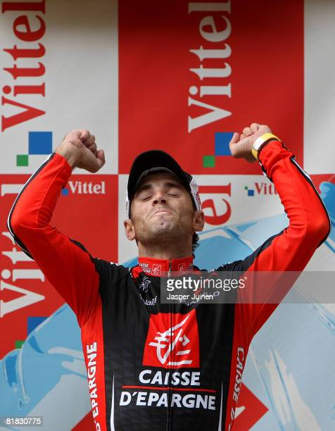 Alejandro Valverde of Spain and team Caisse d'Epargne celebrates his victory on stage after winning the first Tour de France stage on July 5, 2008 in...