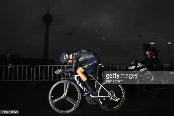 Alejandro Valverde of Spain Movistar Team competes during stage one of Le Tour de France 2017, a 14km individual time trial on July 1, 2017 in...