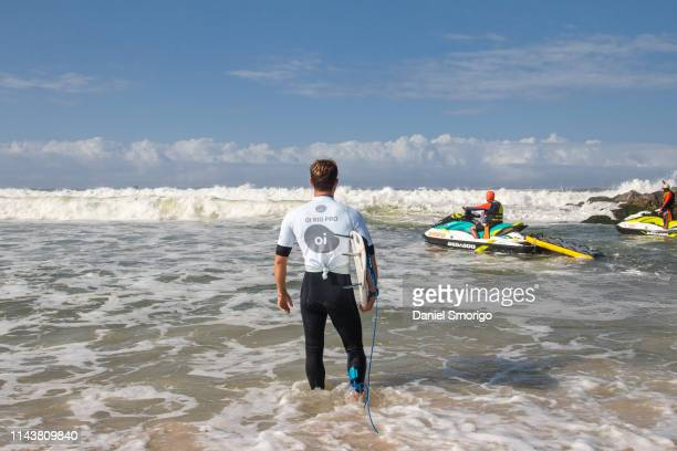 Alejo Muniz from Brazil will compete Round 2 after placing third in an all Brazilian matchup in Heat 1 of Round 1 at the Oi Rio Pro in Saquarema, Rio...