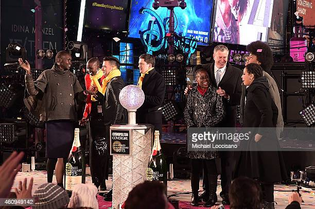 Alek Wek Sonam Lama Jencarlos Canela Nykhor Paul IRC President and CEO David Miliband Mayor of New York City Bill de Blasio Chirlane McCray Dante De...