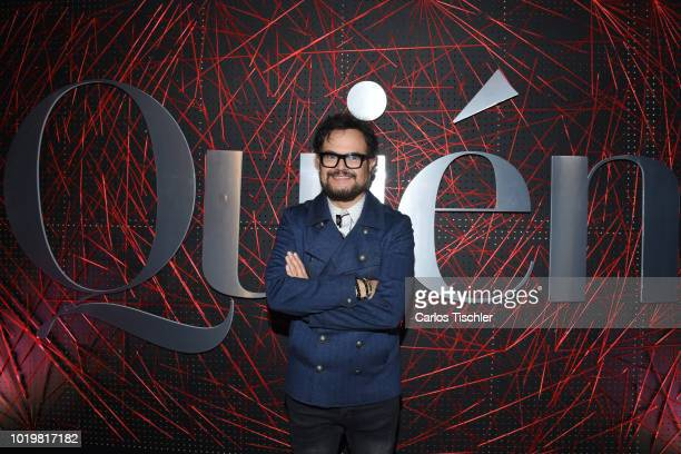 Aleks Syntek poses for photos during the red carpet for 'Quien' magazine's 18th anniversary at Foro Masaryk on August 15 2018 in Mexico City Mexico