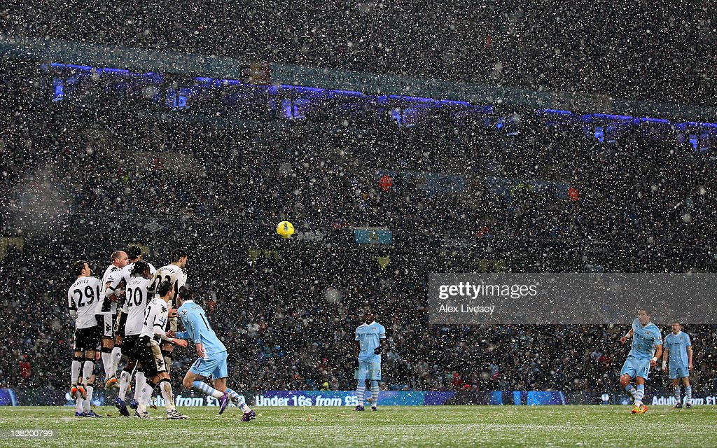 Manchester City v Fulham - Premier League