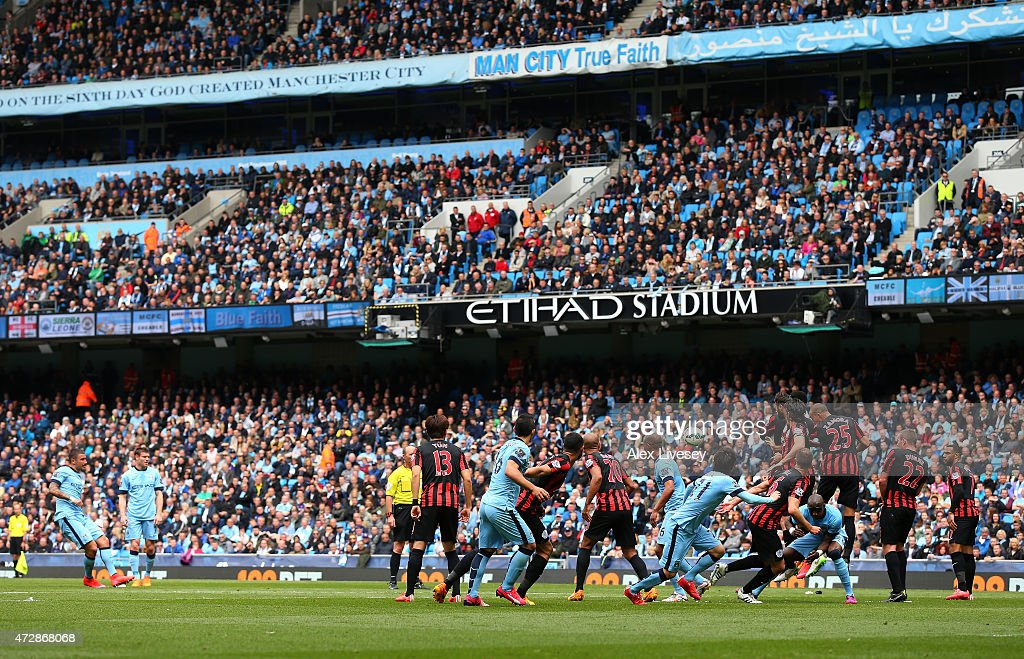 Manchester City v Queens Park Rangers - Premier League