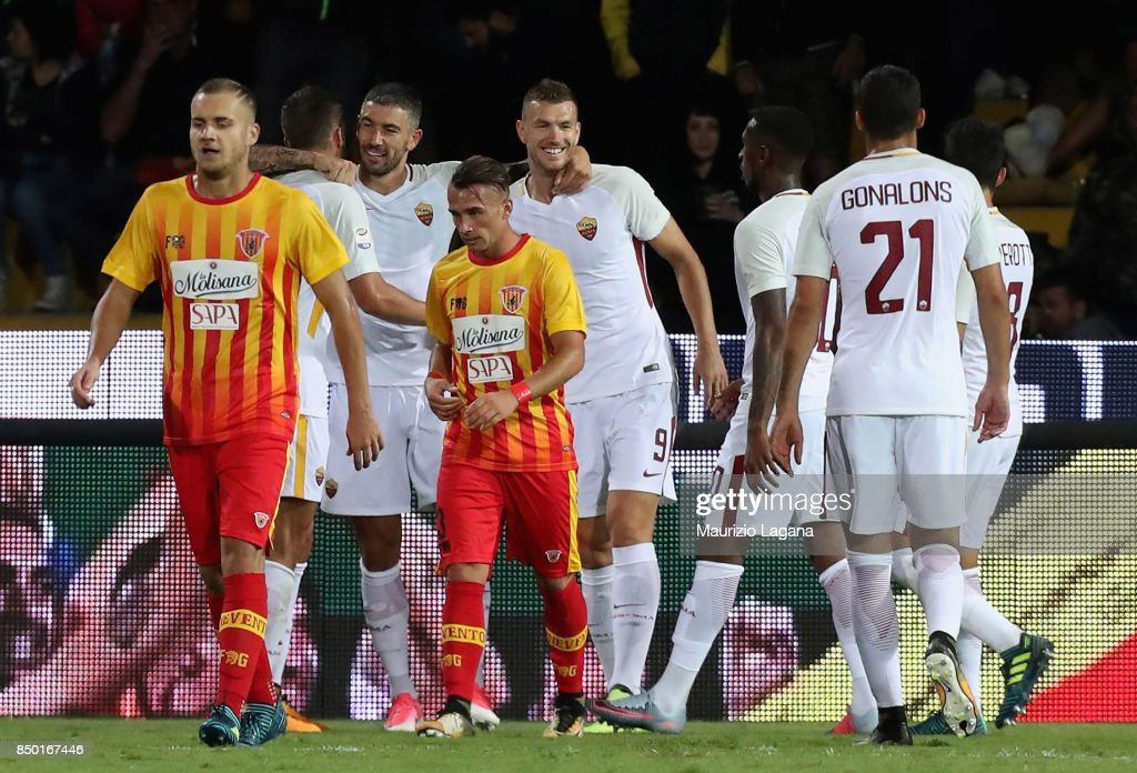 Aleksandar Kolarov of Roma celebrates after scoring his team's 4th goal during the Serie A match between Benevento Calcio and AS Roma at Stadio Ciro Vigorito on September 20, 2017 in Benevento, Italy.