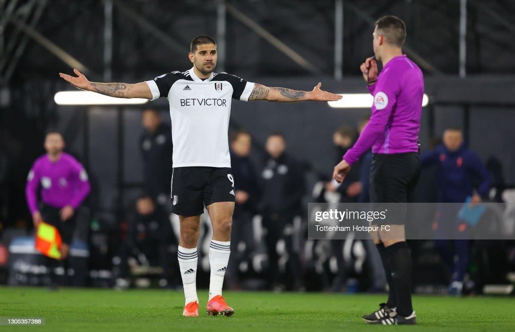 Fulham v Tottenham Hotspur - Premier League : News Photo