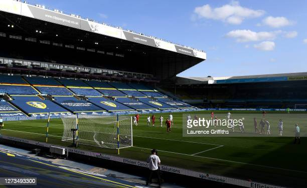 Aleksandar Mitrovic of Fulham scores his sides first goal from the penalty spot during the Premier League match between Leeds United and Fulham at...