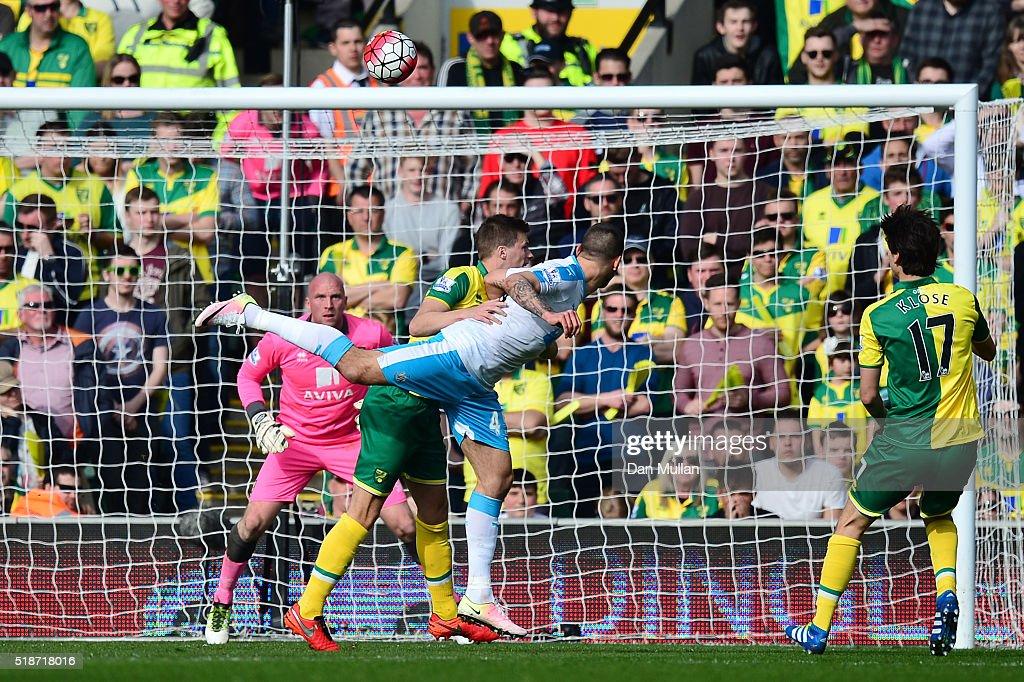 Norwich City v Newcastle United - Premier League : News Photo
