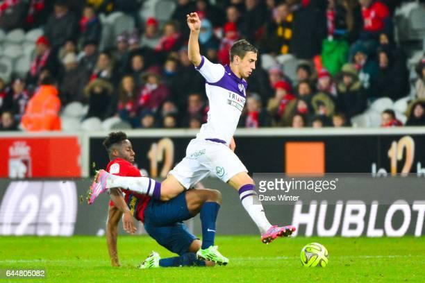 Aleksandar PESIC / Divock ORIGI Lille / Toulouse 18eme journee de Ligue1 Photo Dave Winter / Icon Sport