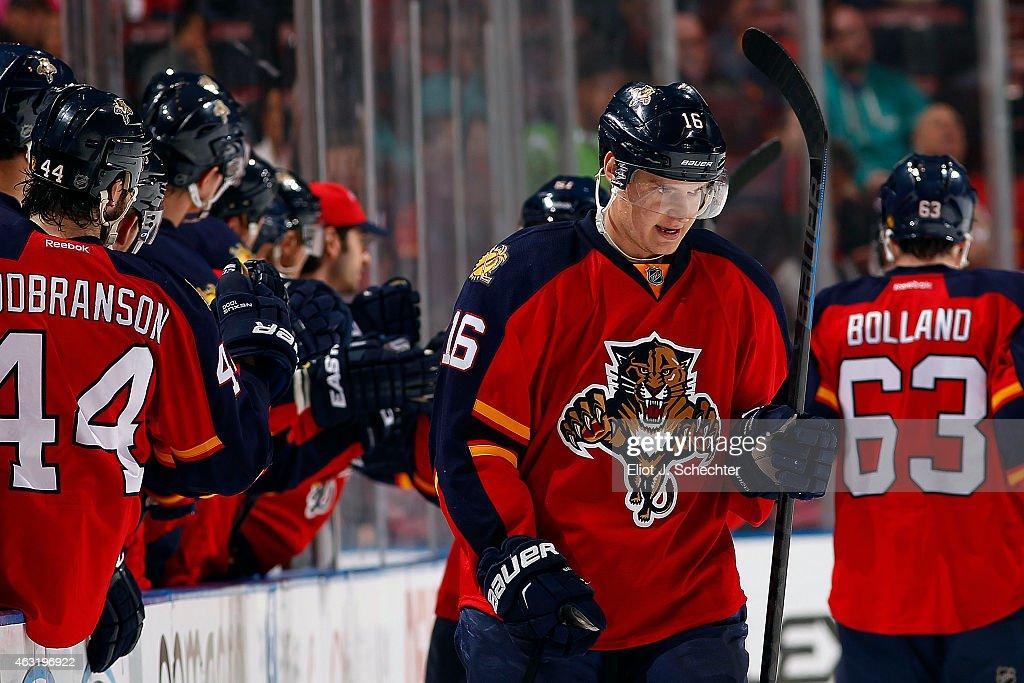 Anaheim Ducks v Florida Panthers : News Photo