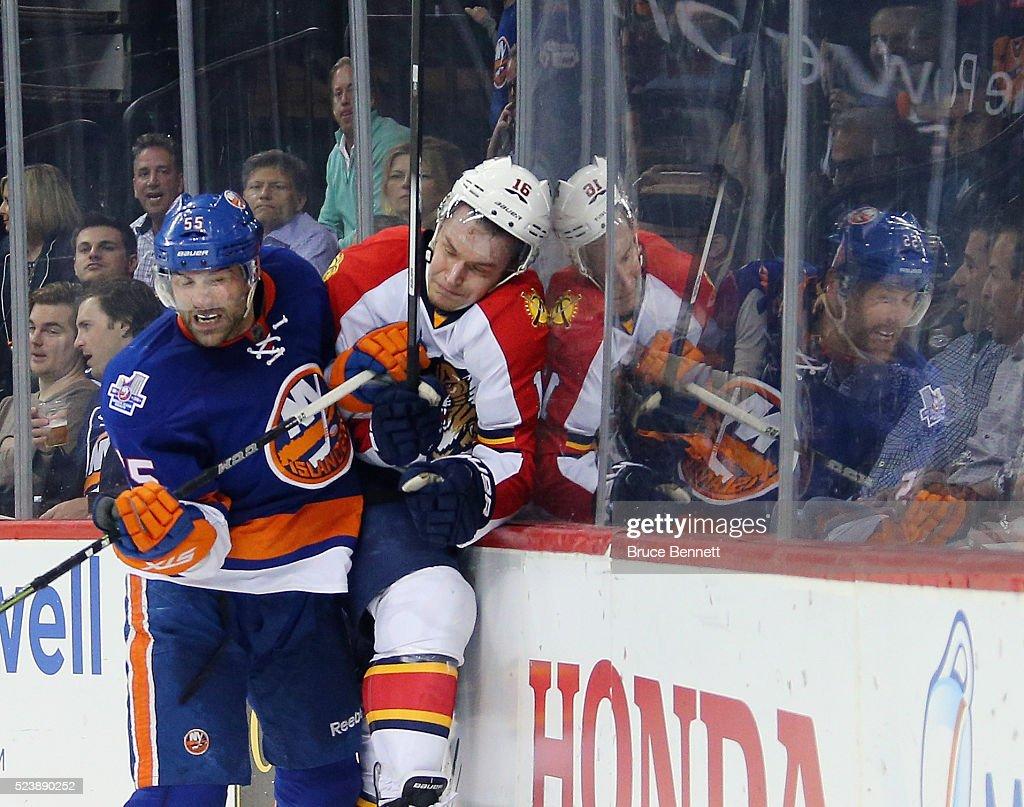 Florida Panthers v New York Islanders - Game Six : News Photo