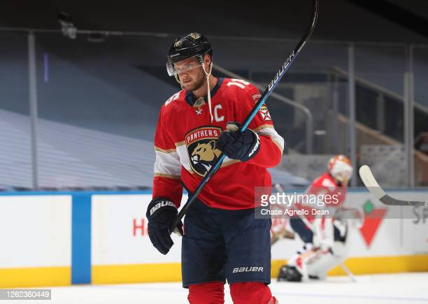 Aleksander Barkov of the Florida Panthers warms up before an exhibition game against the Tampa Bay Lightning prior to the 2020 NHL Stanley Cup...