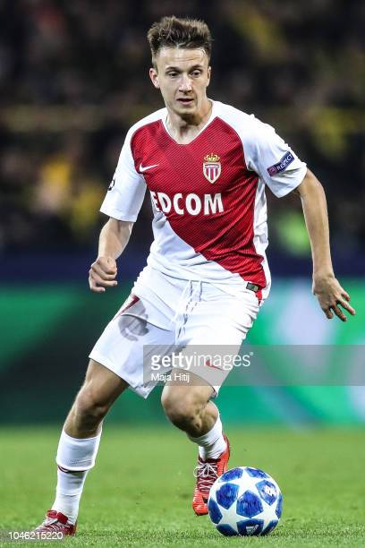Aleksandr Golovin of Monaco controls the ball during the Group A match of the UEFA Champions League between Borussia Dortmund and AS Monaco at Signal...