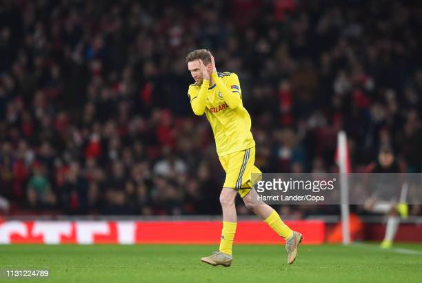 Aleksandr Hleb of FC BATE Borisov applauds fans as he enters the pitch during the UEFA Europa League Round of 32 Second Leg match between Arsenal and...