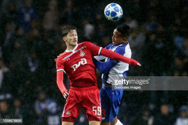 Aleksei Miranchuk of Lokomotiv Moscow Eder Militao of Porto during the UEFA Champions League match between FC Porto v Lokomotiv Moscow at the Estadio...
