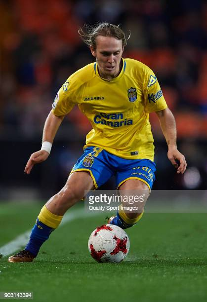 Alen Halilovic of Las Palmas in action during the Copa del Rey Round of 16 second Leg match between Valencia CF and UD Las Palmas on January 9 2018...