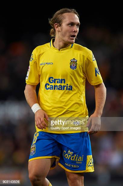 Alen Halilovic of Las Palmas looks on during the Copa del Rey Round of 16 second Leg match between Valencia CF and UD Las Palmas on January 9 2018 in...