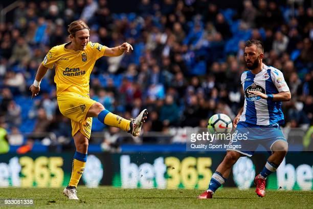 Alen Halilovic of UD Las Palmas shots on goal during the La Liga match between Deportivo La Coruna and Las Palmas at Abanca Riazor Stadium on March...