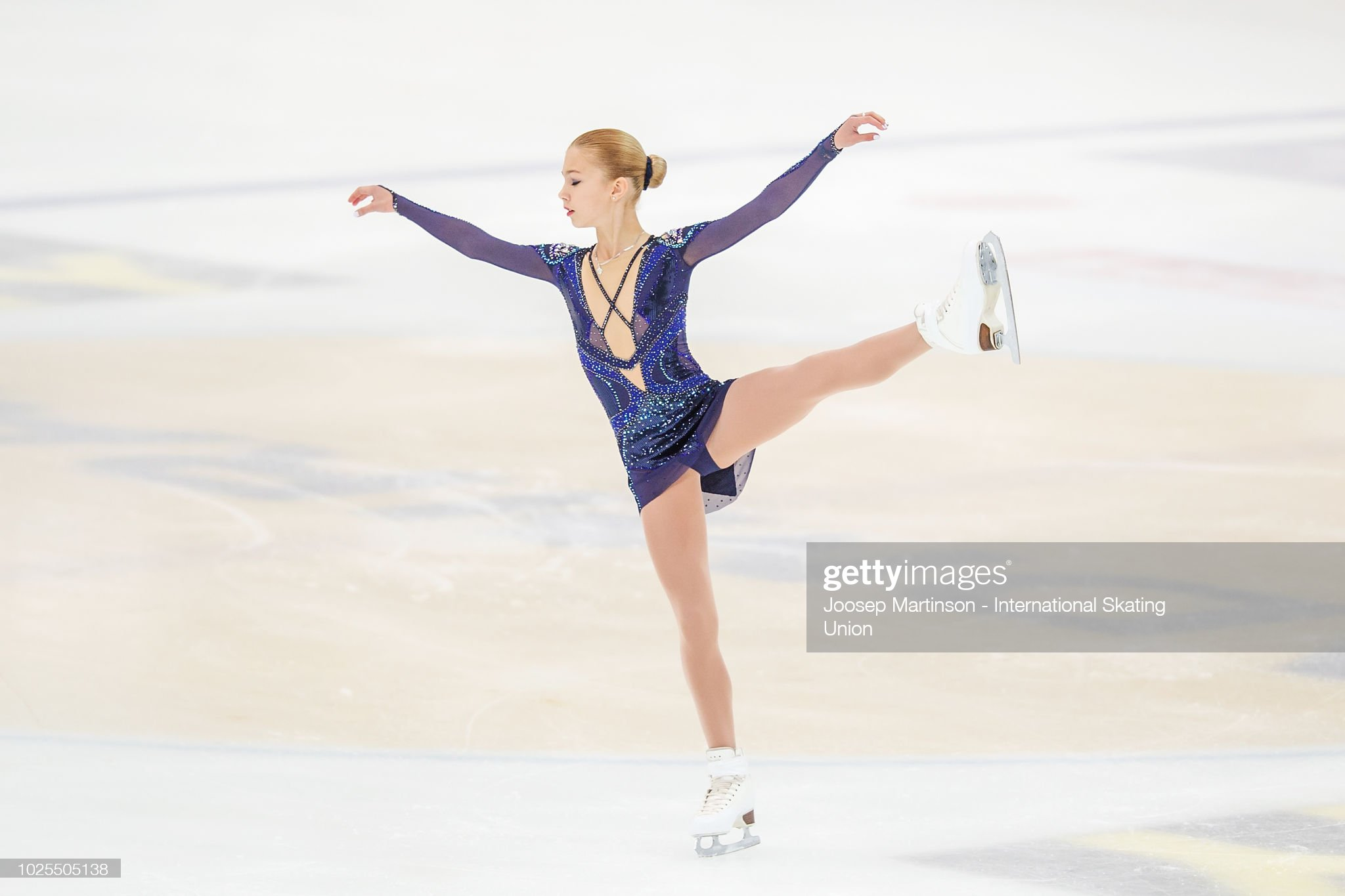 https://media.gettyimages.com/photos/alena-kanysheva-of-russia-competes-in-the-junior-ladies-short-program-picture-id1025505138?s=2048x2048