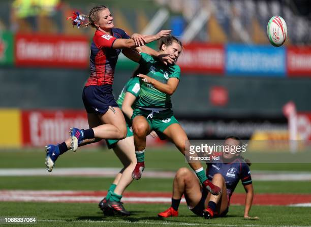 Alena Mikhaltsova of Russia and Aoife Doyle of Ireland competes for the ball on day one of the Emirates Dubai Rugby Sevens HSBC World Rugby Sevens...