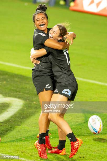 Alena Saili of New Zealand is hugged by team mate Jazmin Hotham after she scored a try during the 2020 Sydney Sevens finals match between New Zealand...