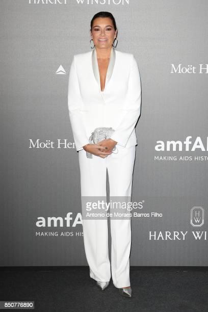 Alena Seredova walks the red carpet of amfAR Gala Milano on September 21 2017 in Milan Italy