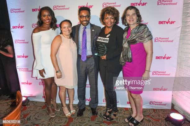 Alencia Johnson Dr Joia CrearPerry Dawn Laguens and guests pose at the 6th Annual Planned Parenthood Champions of Women's Health Brunch at The...