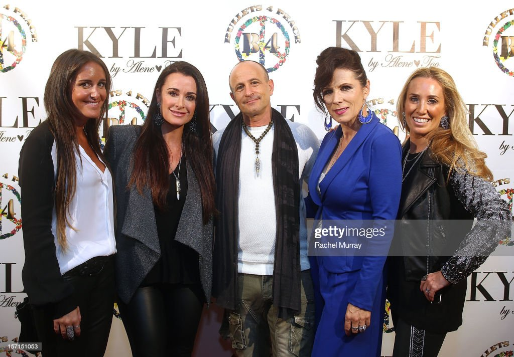 Alene Too founders Lizzy Schwartz, Kyle Richards, Bullets 4 Peace designer and creator Rafi Anteby, Safe Passage Founder Trish Steele, and Alene Too founder Debbie Weisman attend Kyle By Alene Too holiday shopping event featuring Bullets For Peace benefiting Safe Passage Charity on November 28, 2012 in Beverly Hills, California.