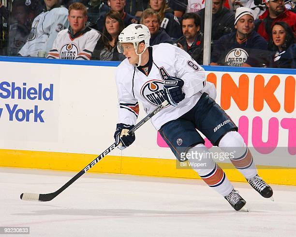 Ales Hemsky of the Edmonton Oilers skates against the Buffalo Sabres on November 11 2009 at HSBC Arena in Buffalo New York The Sabres defeated the...