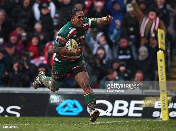 Alesana Tuilagi of Leicester Tigers breaks through to score a try during the Aviva Premiership match between Leicester Tigers and Gloucester at...
