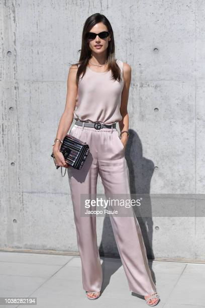 Alessandra Ambrosio arrives at the Giorgio Armani show during Milan Fashion Week Spring/Summer 2019 on September 23 2018 in Milan Italy