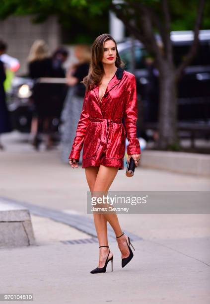 Alessandra Ambrosio arrives to the 2018 CFDA Fashion Awards at Brooklyn Museum on June 4 2018 in New York City