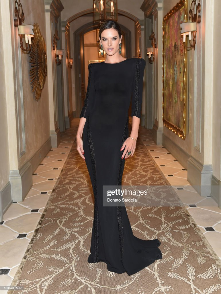 Alessandra Ambrosio attends Learning Lab Ventures Gala in Partnership with NET-A-PORTER on January 25, 2018 in Beverly Hills, California.
