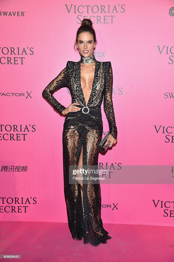 Alessandra Ambrosio attends the 2016 Victoria's Secret Fashion Show after party on November 30, 2016 in Paris, France.