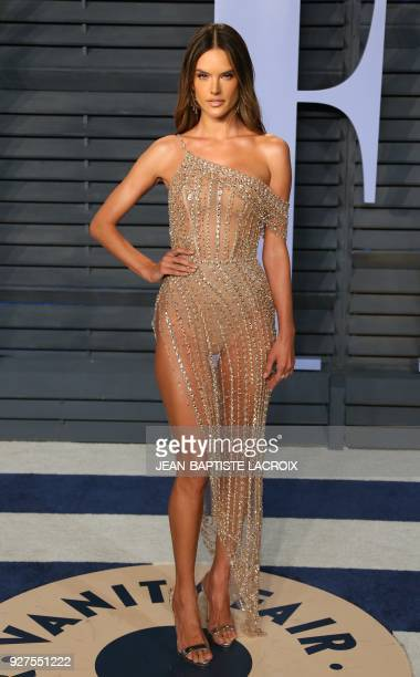 Alessandra Ambrosio attends the 2018 Vanity Fair Oscar Party following the 90th Academy Awards at The Wallis Annenberg Center for the Performing Arts...