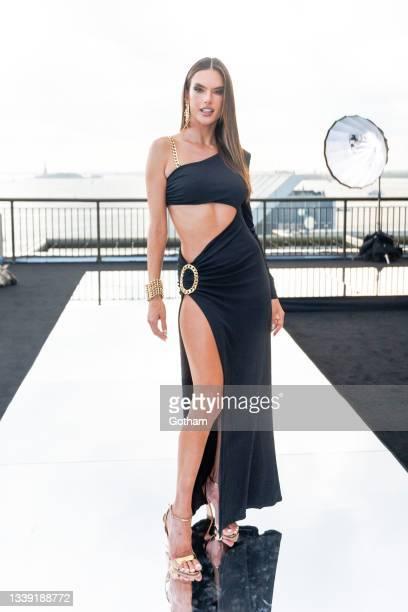 Alessandra Ambrosio attends the DUNDAS x REVOLVE NYFW Runway Show at Casa Cipriani at Casa Cipriani on September 08, 2021 in New York City.