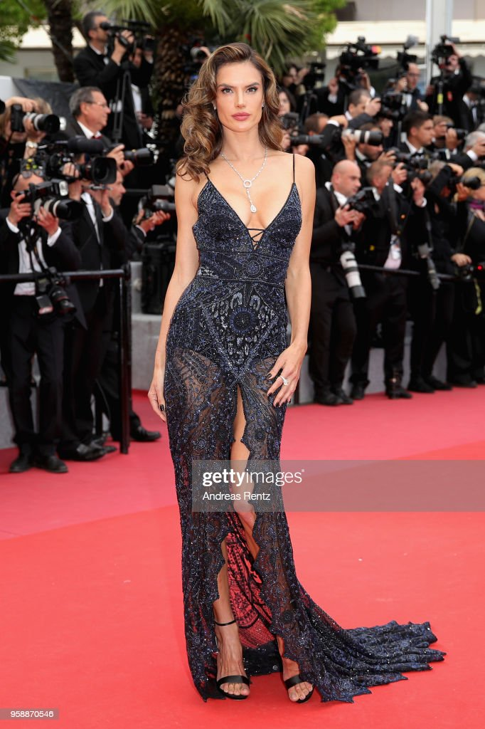 """""""Solo: A Star Wars Story"""" Red Carpet Arrivals - The 71st Annual Cannes Film Festival : News Photo"""