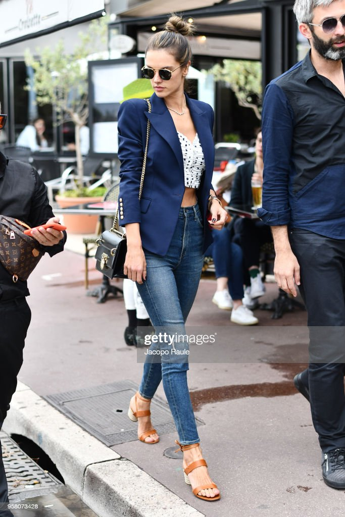 Day 6 Celebrity Sightings - The 71st Annual Cannes Film Festival : News Photo