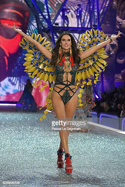 Alessandra Ambrosio walks the runway at the Victoria's Secret Fashion Show on November 30 2016 in Paris France