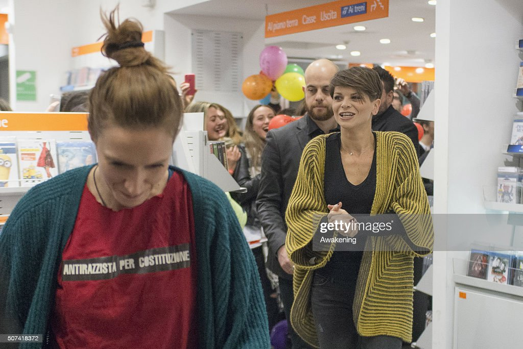 Alessandra Amoroso attends at the presentation of 'Vivere a Colori' on January 29, 2016 in Turin, Italy.