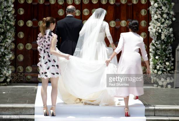 Alessandra de Osma arrives with her father Ernesto de Osma to her wedding with Prince Christian of Hanover at Basilica San Pedro on March 16 2018 in...