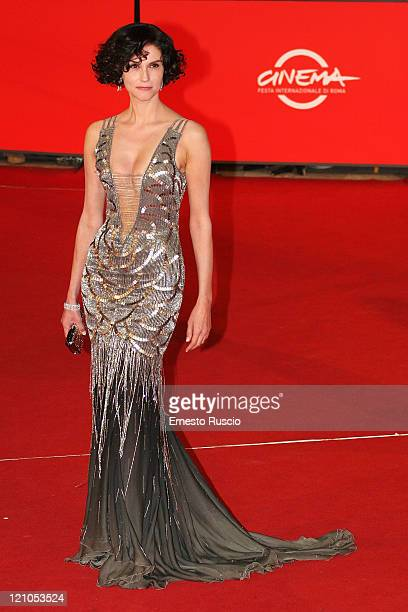 Alessandra Martines arrives at the premiere of Into The Wild at the Auditorium of Rome during the 2nd Rome Film Festival October 24 2007 in Rome Italy