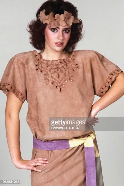 Alessandra Mussolini, mannequin pour Guy Laroche, le 23 janvier 1983 à Paris, France.