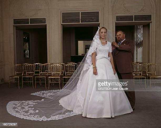 Alessandra Passerin D'entrèves Says Yes To Count Jacques De Crussol D'uzes ALESSANDRA PASSERIN D'ENTREVES en robe de mariée DIOR et le couturier...