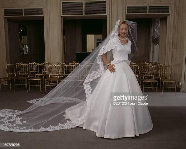 Alessandra Passerin D'entrèves Says Yes To Count Jacques De Crussol D'uzes ALESSANDRA PASSERIN D'ENTREVES en robe de mariée DIOR