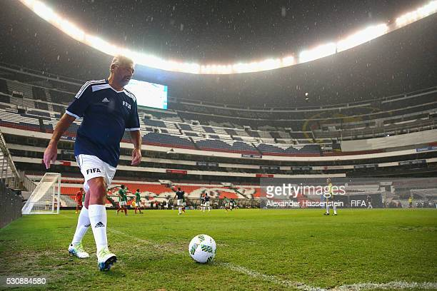 Alessandro Altobelli of FIFA Legends kicks a corner during an exhibition match between FIFA Legends and MexicanAllstars to celebrate the 50th...